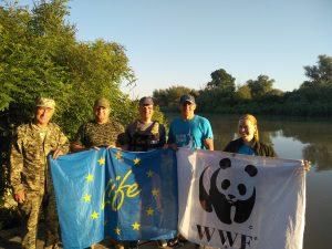 зустрічають світанок на кордоні разом з інспекторами WWF Україна 300x225 - Підсумки Осетрової Варти 2020